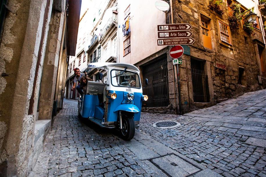tuktuk-lifestyle-limo
